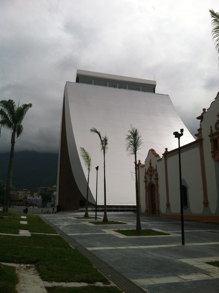 New Mausoleum for Simón Bolívar's remains at el Panteón. And possibly those of Chávez?